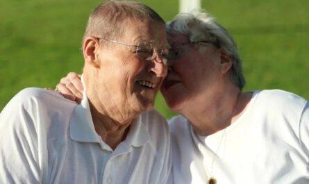Фармацевт поделился грустной, но поучительной историей о пожилой паре