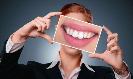 Топ-3 продуктов, которые вредят зубам