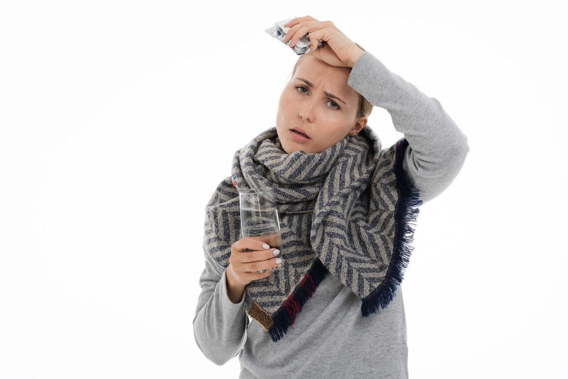 Почему во время болезни повышается температура, знобит и болят мышцы?