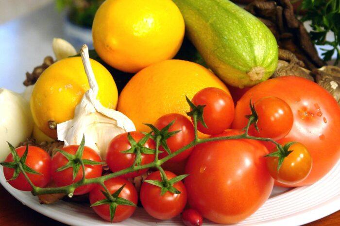 О чем говорит цвет овощей и фруктов?