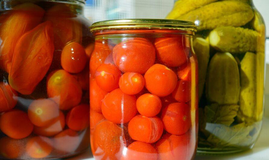Сколько нужно соли и сахара на 1 литр воды для засолки огурцов, помидоров или ассорти?