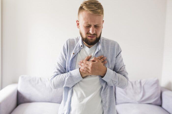 Изжога: причины, симптомы и лечение