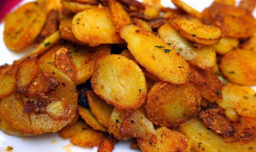 Простая закуска: рецепт запеченного молодого картофеля в духовке
