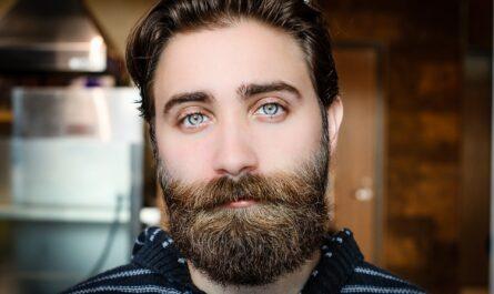 Как ухаживать за бородой в домашних условиях?